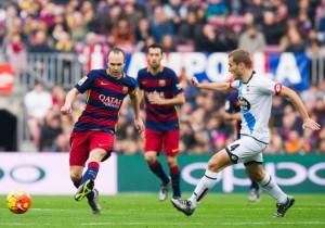 Barcelona_Deportivo_La_Coruna_Iniesta_2015