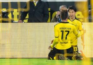 Dortmund_Frankfurt_Aubameyang_Kagawa_2015