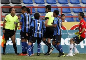 Huachipato-reclamos-arbitro_2015_PS_3