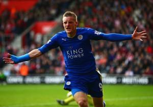 James_Vardy_Celebra_Leicester