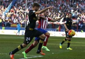 Atletico_Sevilla _Llorente2