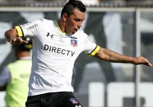 Esteban_Paredes_juega_ColoColo_2016_PS