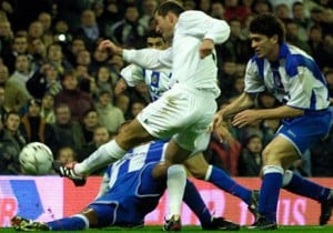 Zidane_golazo_RealMadid_Deportivo_2002