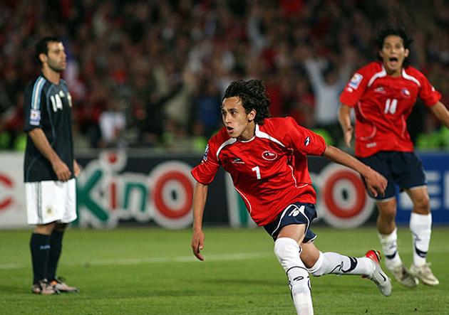 Chile Argentina Fabian Orellana 2008