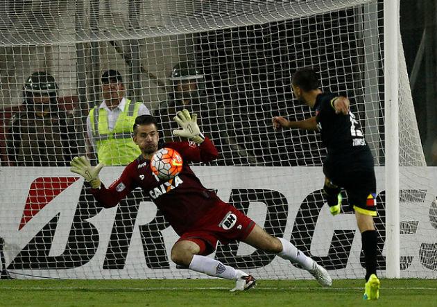 Martin Tonso_Colo Colo Mineiro_gol perdido_2016_PS