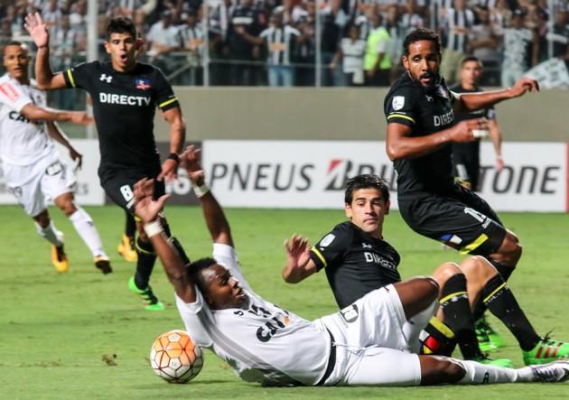 Mineiro_Colo_Colo_Libertadores_1