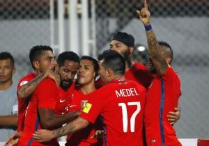 Pinilla_gol_Venezuela_Chile_Vidal_Marzo_2016_PS_0