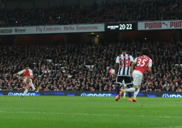 Alexis_Sanchez_gol_2_Arsenal_WestBromwich_abril_2016