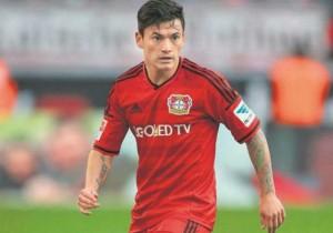 Charles-Aranguiz_juega_Leverkusen-2016