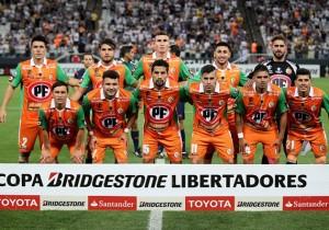 Corinthians v Cobresal - Copa Bridgestone Libertadores 2016