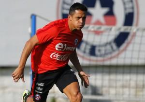 Alexis-pique_entrenamiento_Chile_mier_mayo_2016_PS