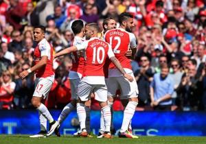 Arsenal_AstonVilla_Wilshere_celebran_Giroud_Monreal_Sanchez_2016