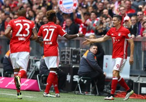 Bayern_Hannover_Vidal_Alaba_Lewandowski_2016
