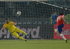 Matías_Fernandez_Penal_CopaAmerica