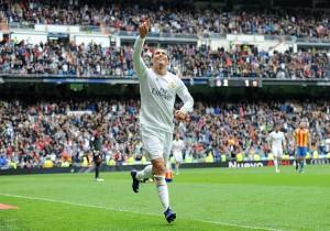 Real_Madrid_Valencia_Cristiano_Ronaldo_2016