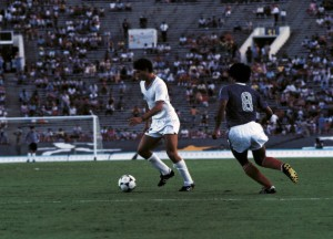 Daniele Massaro with the ball between his feet in the match Italy vs USA at the Los Angeles Olympic Games