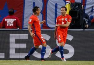 Chile_Colombia_Copa100_PS_Fuenzalida