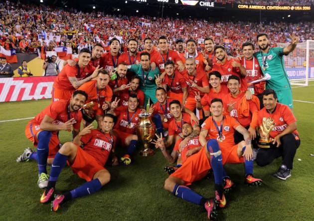 Chile_campeon_trofeo-todos_Copa100_2016_ANFP