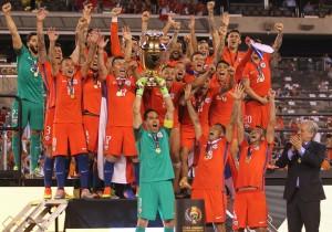 Chile_campeon_trofeo_Copa100_2016_ANFP