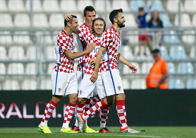 [Imagen: Croacia_SanMarino_Mandzukic_Modric_2016_Getty.jpg]