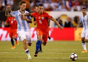 Eduardo Vargas_final Copa 100_Argentina Chile_PS