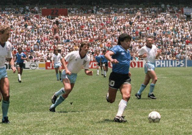 Maradona_gol del siglo_1986