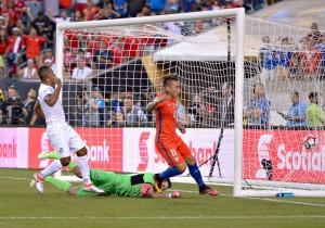 Vargas_gol_Chile_Panama_Copa100_2016_PS_5
