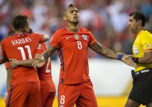 Vidal_Chile_Panama_Copa100_2016_PS