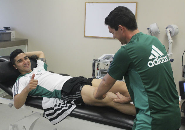 Felipe Gutierrez_recuperación_Real Betis_julio_2016