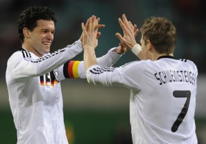 Germany's midfielder Michael Ballack (L)