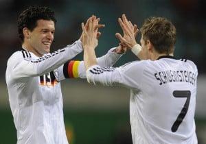Germany's midfielder Michael Ballack (L)