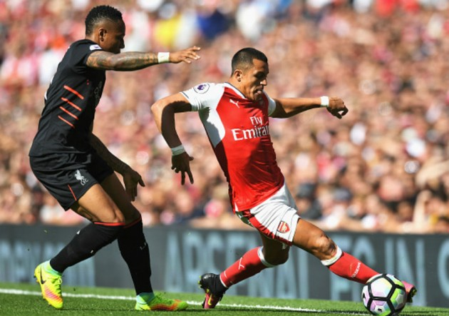 Alexis__Arsenal_Liverpool_2016_0
