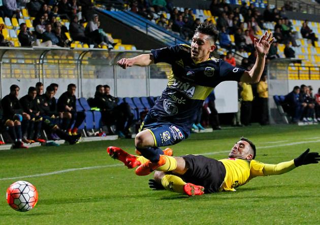 Everton San Luis3