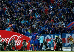 UdeChile_UdeConce_Estadio_lleno_2016_PS