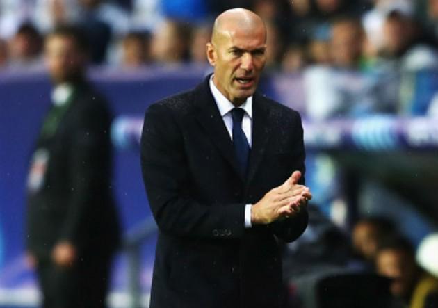 Zidane_dirige_RealMadrid_Supercopa_2016