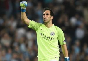 Claudio_Bravo_festejando_ManchesterCity_Champions_2016
