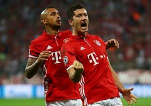 Lewandowski_Vidal_festejo_gol-Bayern-Champions-2016