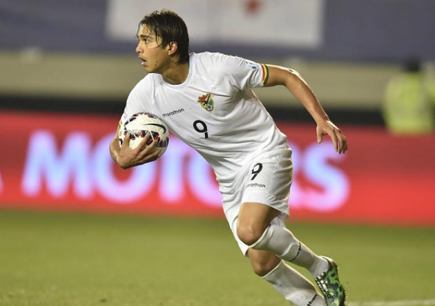 Hoyos confirma que Jhasmani Campos no jugará contra Chile