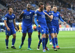 Leicester_Crystal_Palace_Fuchs_celebran_2016_Getty