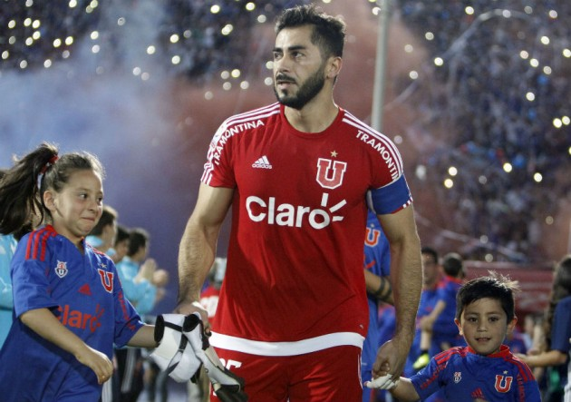 Johnny_Herrera_camiseta_UdeChile_2016_PS