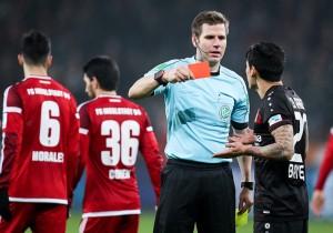 Aranguiz_Expulsado_Leverkusen_Getty