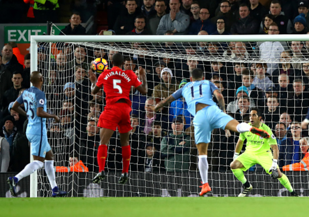 Liverpool_Manchester_City_Wijanldum_Bravo_2016_Getty