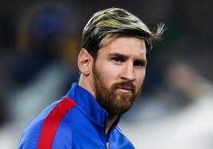 Messi_Mira_Barcelona_Getty