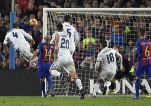 Ramos_gol_Barcelona_RealMadrid_clasico_2016_2