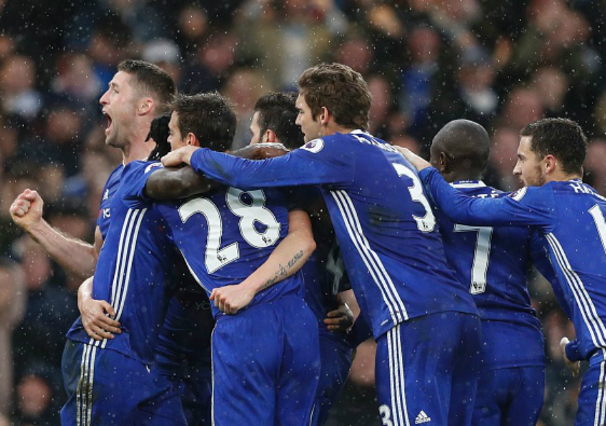 Chelsea_Celebra_Swansea_Premier_2017_Getty