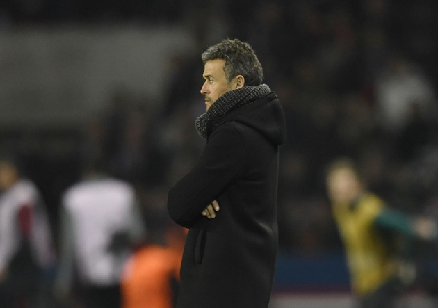 LuisEnrique_Barcelona_Mira_Getty
