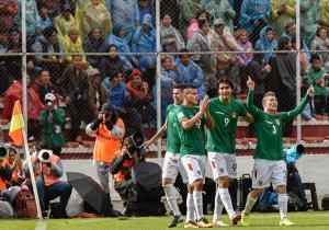 Bolivia_celebra_Argentina_Clasificatorias_2017_Getty