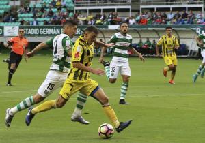 Cerato_remate_Everton_Temuco_2017_ps