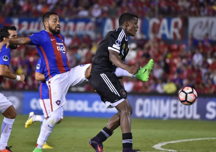 CerroPorteno_Caracas_Sudamericana_2017_getty