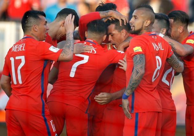Chile_Venezuela_Abrazo_Eliminatorias_PS